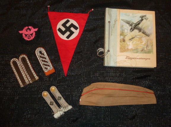"""Un nid de croix de fer """"122"""", des médailles/décorations étuis PA allemands, album photos WH Jersey, etc.... P1610751"""