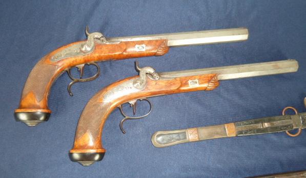 Très belles rentrées: Pistolet Lepage, SS, Kripo, dague........ P1640012