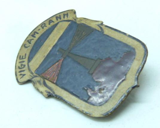 encore des insignes régimentaires..........local, indo, RIF...... P1640258