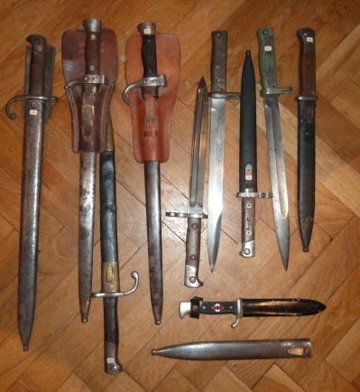 Armes blanches, baïonnette sen pagaille........ P1640431