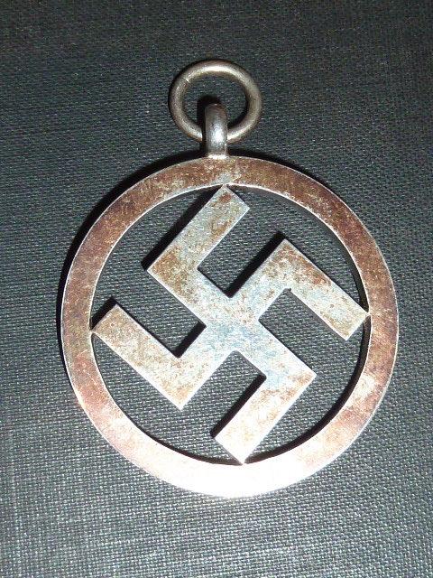 SS Deutschland parmi les dernières trouvailles..... P1660514