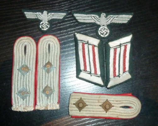 Médailles et décos en nombres, dague DLV, cartes postales dont beaucoup de SS P1670219