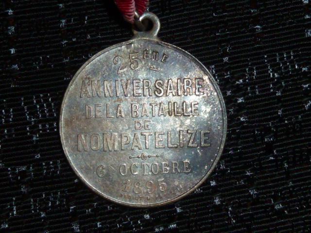 Médailles et décos en nombres, dague DLV, C.P. dont beaucoup de SS, suite! P1670317