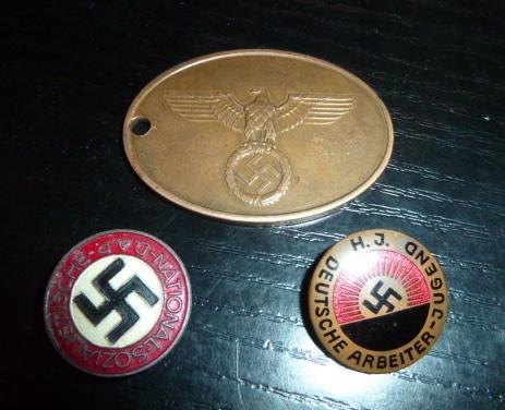 NSDAP, HJ précoce et KriPo.......... P1740710