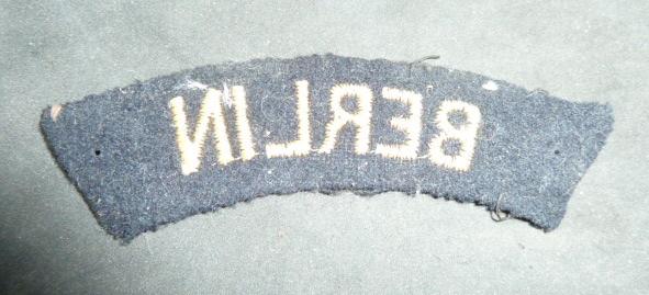 Identification et estimation insignes tissus français. P1930520