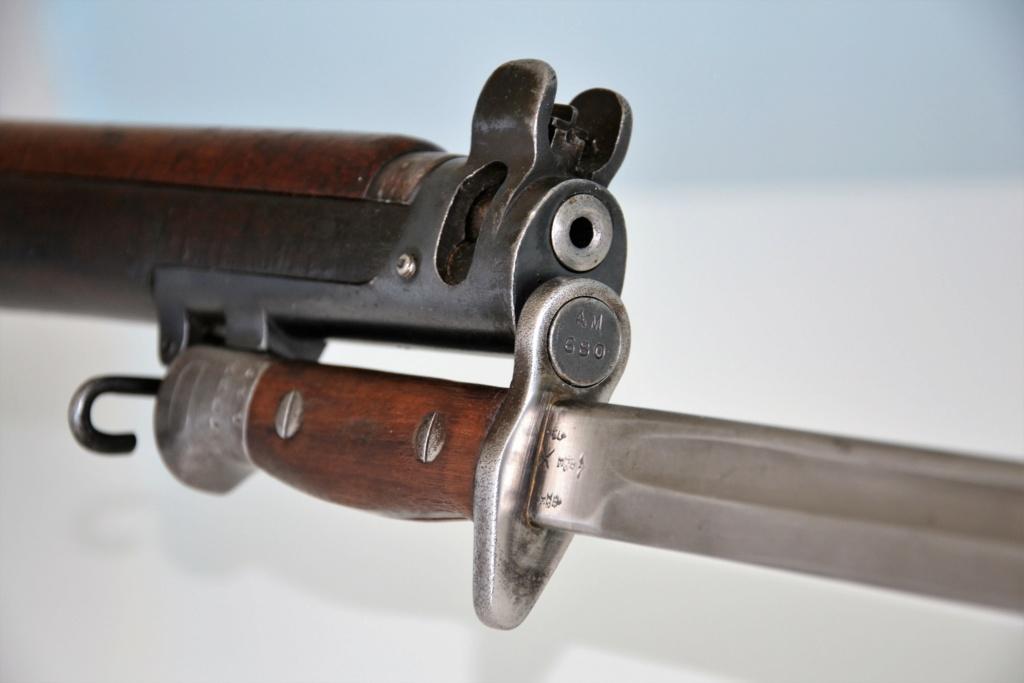 Baïonnette modèle 1907 du Princess Charlotte of Wales's Royal Berkshire Regiment datée de mars 1915 Dsc_0912