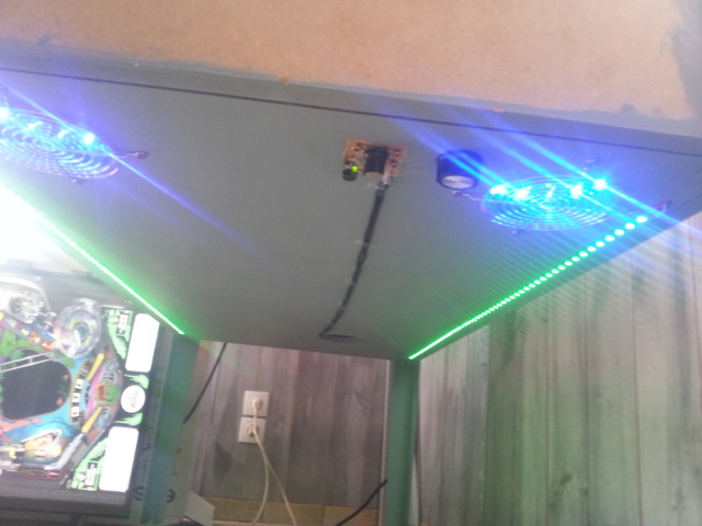 "[WIP 100%] 2° pincab, 43"" 4K/27"" fHD/Pin2DMD/SSF/LEDstrips/Contacters/Knocker/Audio LEDs - Page 4 Img_2031"