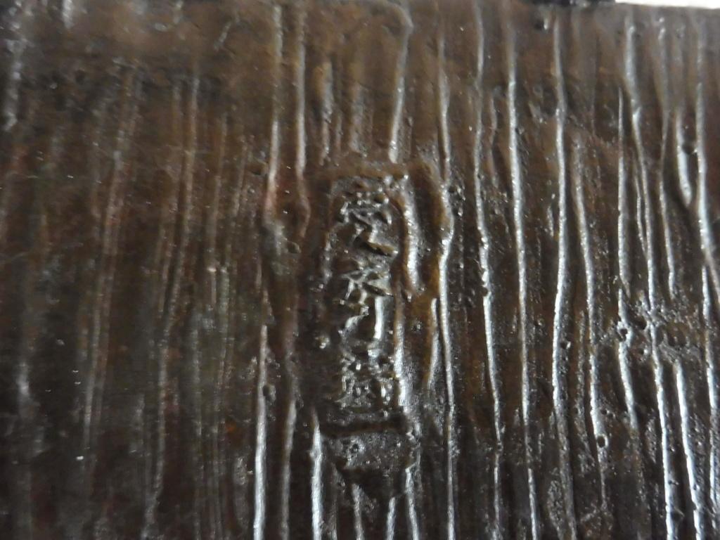 Brûle parfum ? Jardinière ? Bronze chinois P1010814