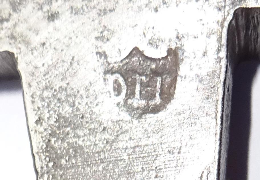 Sabre 1821 et son poinçon? Dsc06310