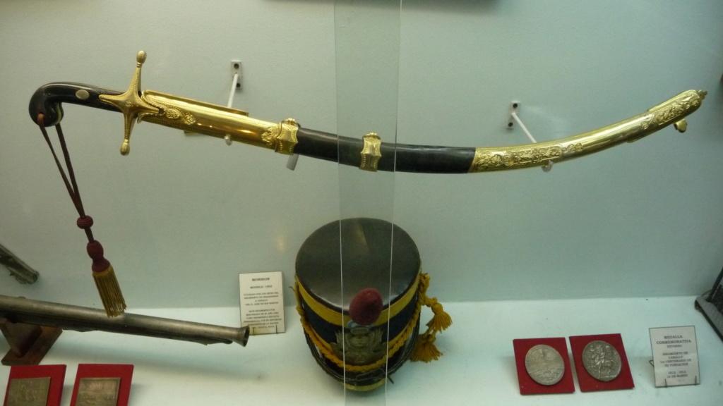 sabre chinois, roue dans le dard de la bouterolle P1100111