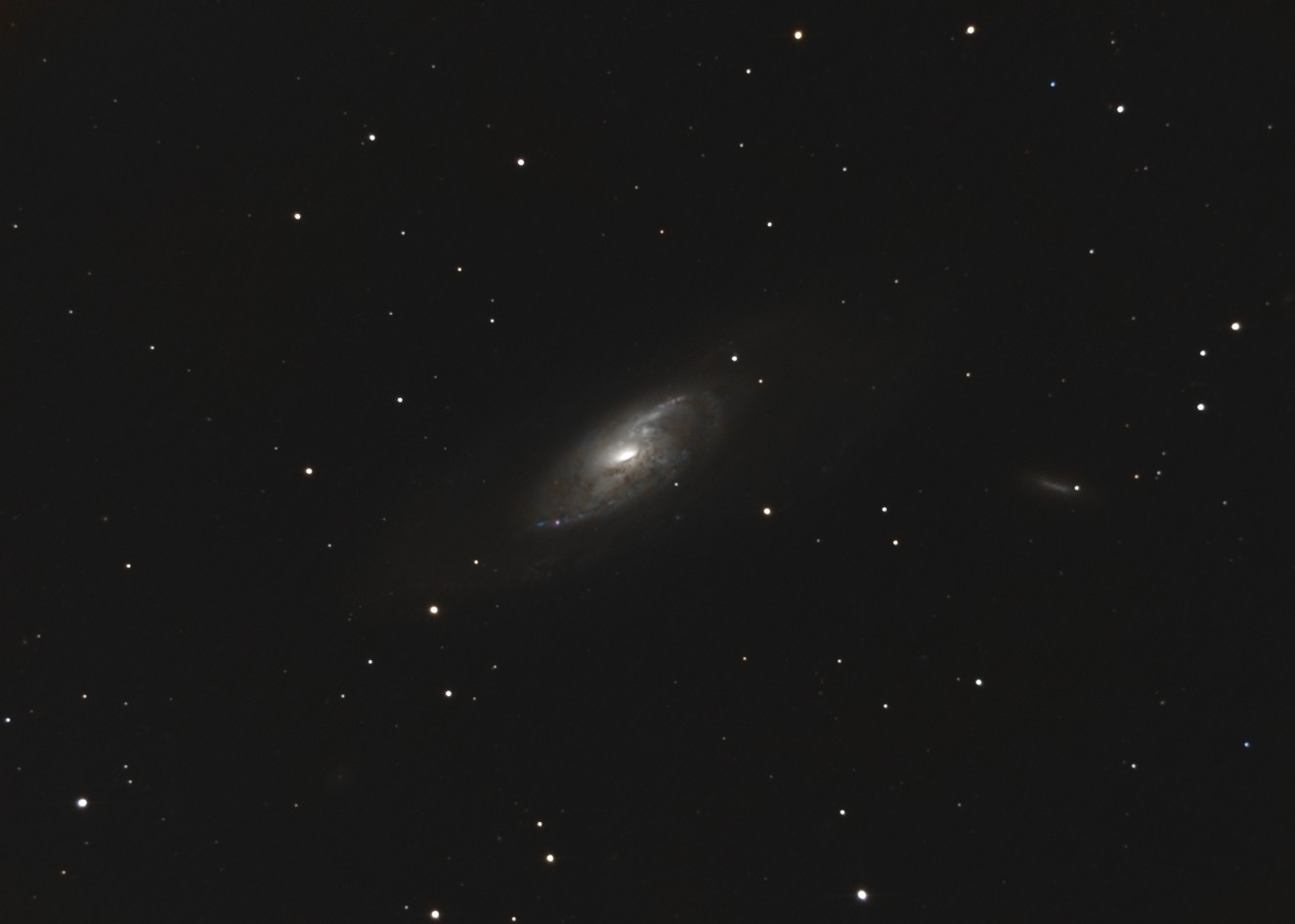 Galaxies à noyau actif Image210