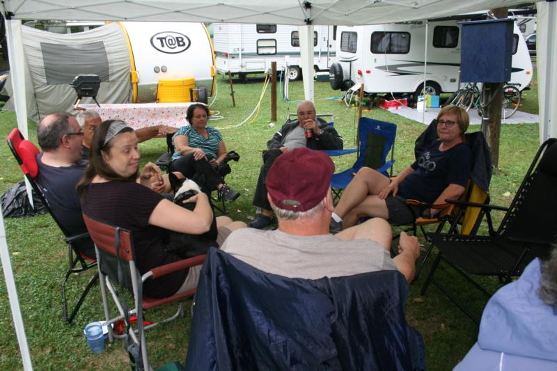 Remerciments et Photos de la 1 rencontre au camping Val-Léro 2018 Img_1335