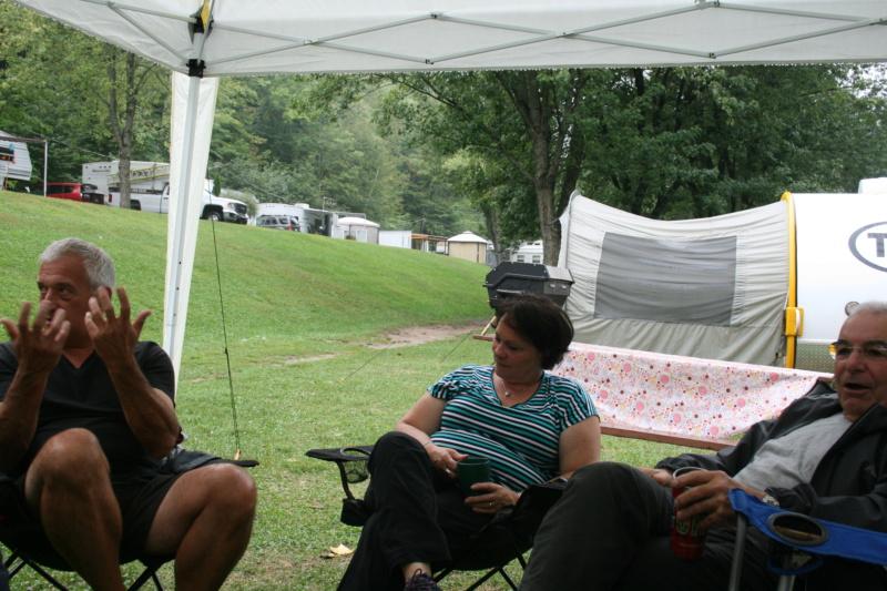 Remerciments et Photos de la 1 rencontre au camping Val-Léro 2018 Img_1339