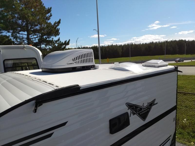 Nouveau modèle 2020 chez Riverside Rv. Retro 135 Img_2284