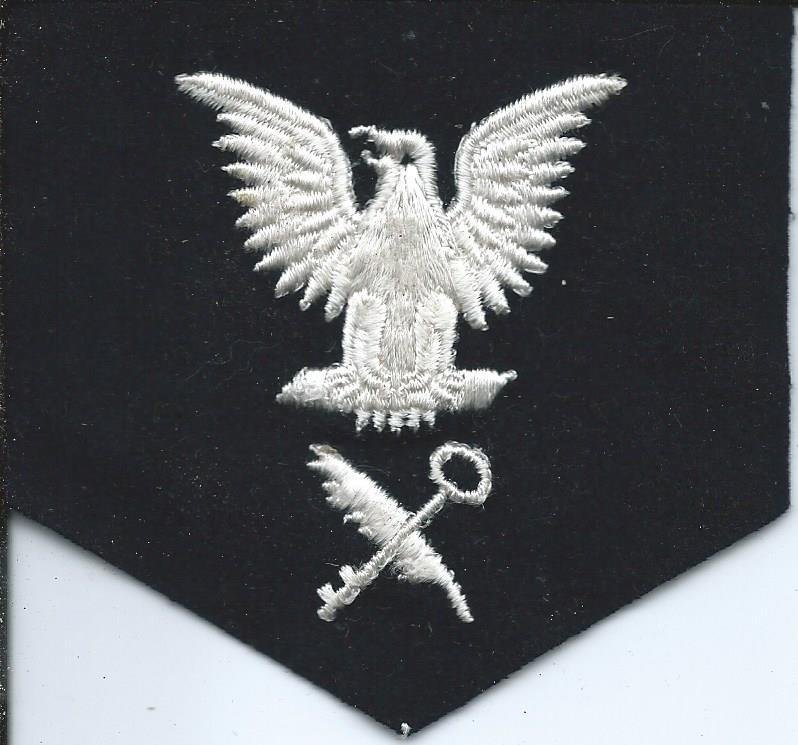 U.S. Navy Rating Badges Split Rates E3_12410