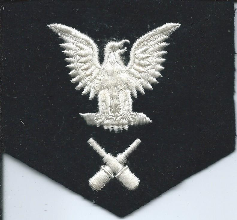 U.S. Navy Rating Badges Split Rates E3_52d10