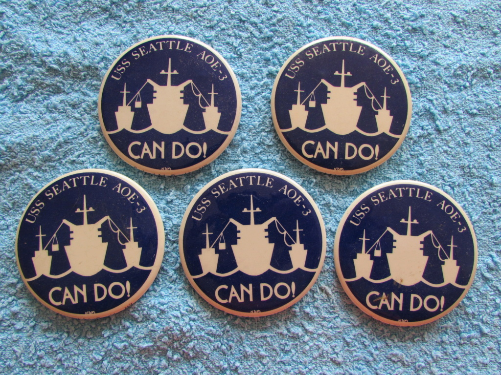 U.S. Navy pinback Button - Badge de soutien Img_2027