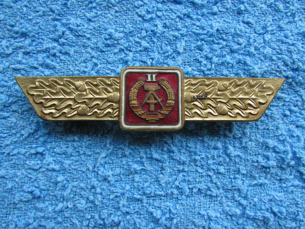 Insigne métal RDA Img_2113