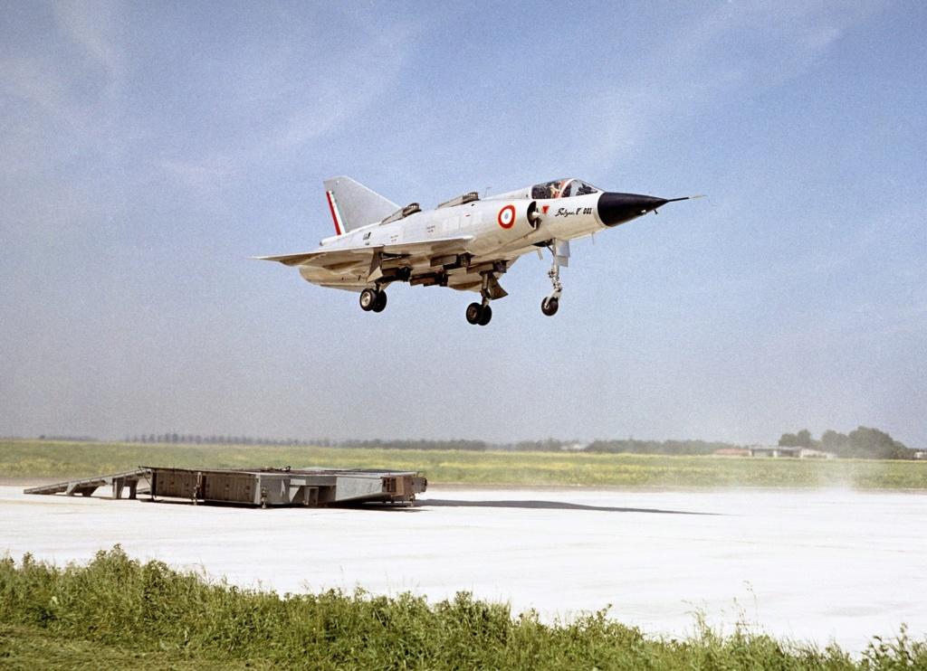 Il y a 60 ans, l'aventure du révolutionnaire projet d'avion C-450 « Coléoptère » prenait fin  . 1962-110