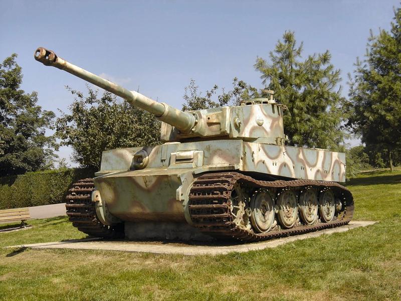 Les panzer de l'Armée Française 21110