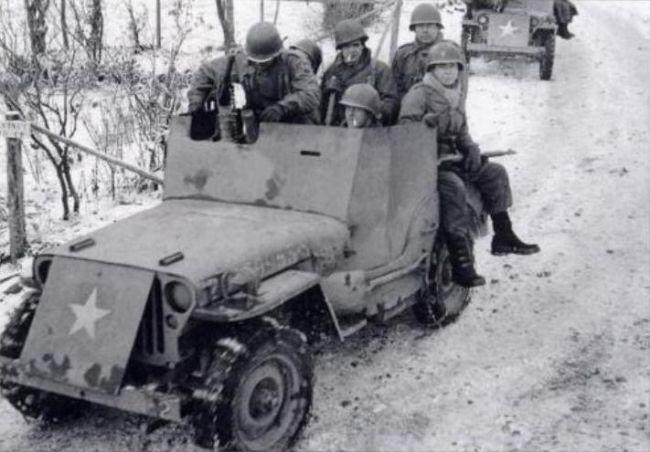Un peloton original et peu connu :  Le peloton de jeeps blindées du 9ème escadron du 1er REC  (Laos - mai-novembre 1953) . 22810