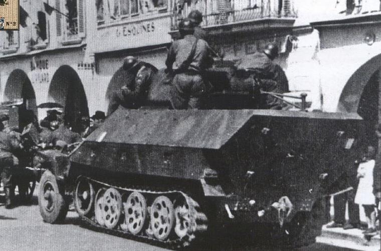 SdKfz 251/1 Hanomag Ausf. c . 25110
