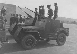 Un peloton original et peu connu :  Le peloton de jeeps blindées du 9ème escadron du 1er REC  (Laos - mai-novembre 1953) . 82reco10