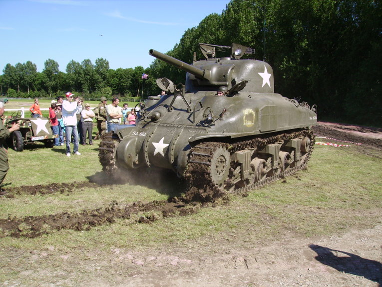 Le sherman M4 Carent10