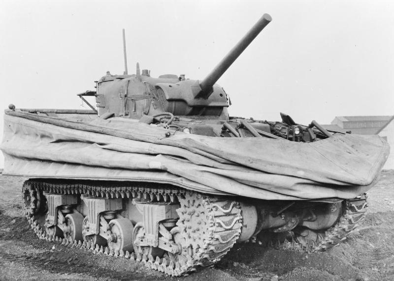 Le sherman M4 Dd-tan10
