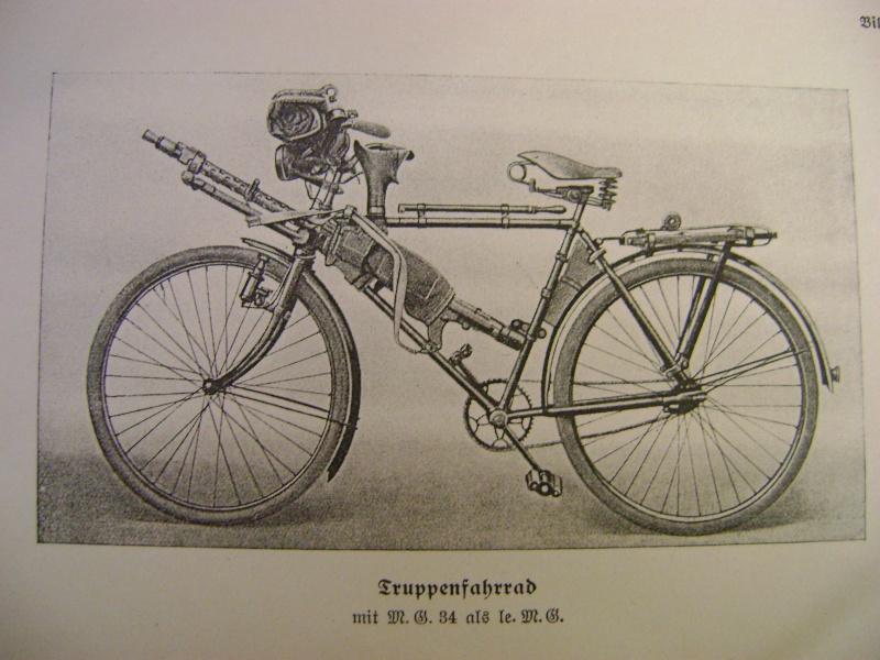 Vélo Truppenfahrrad Wehrmacht Adlerwerke AG . Dsc03611