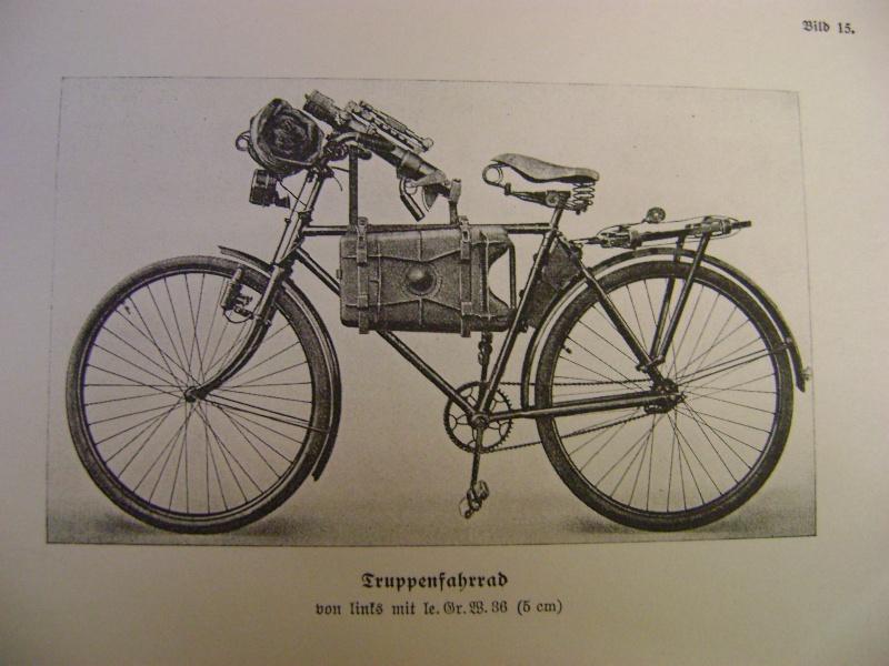 Vélo Truppenfahrrad Wehrmacht Adlerwerke AG . Dsc03614