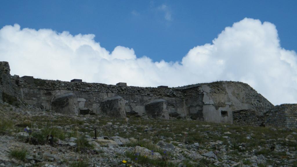 """Le Fort des nuages, ou le """"cuirassé des nuages"""" Dscf7212"""