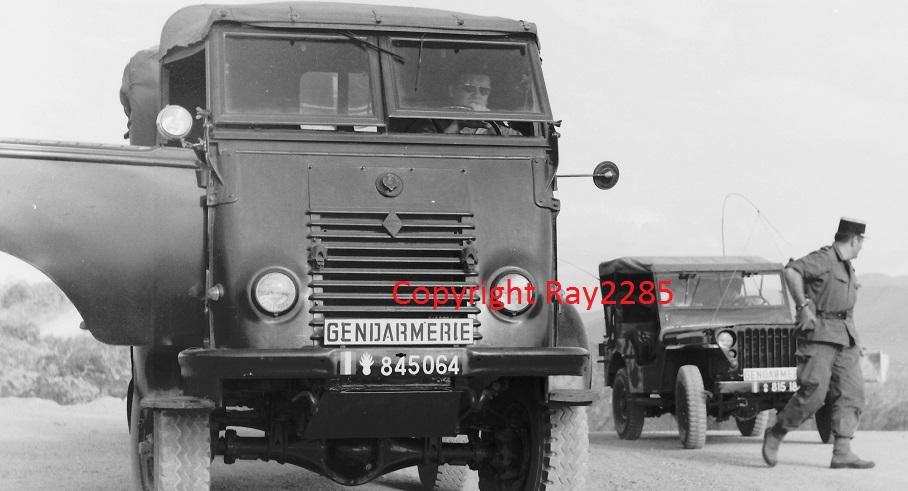 Goelette Renault R2087 Mnoeuv11