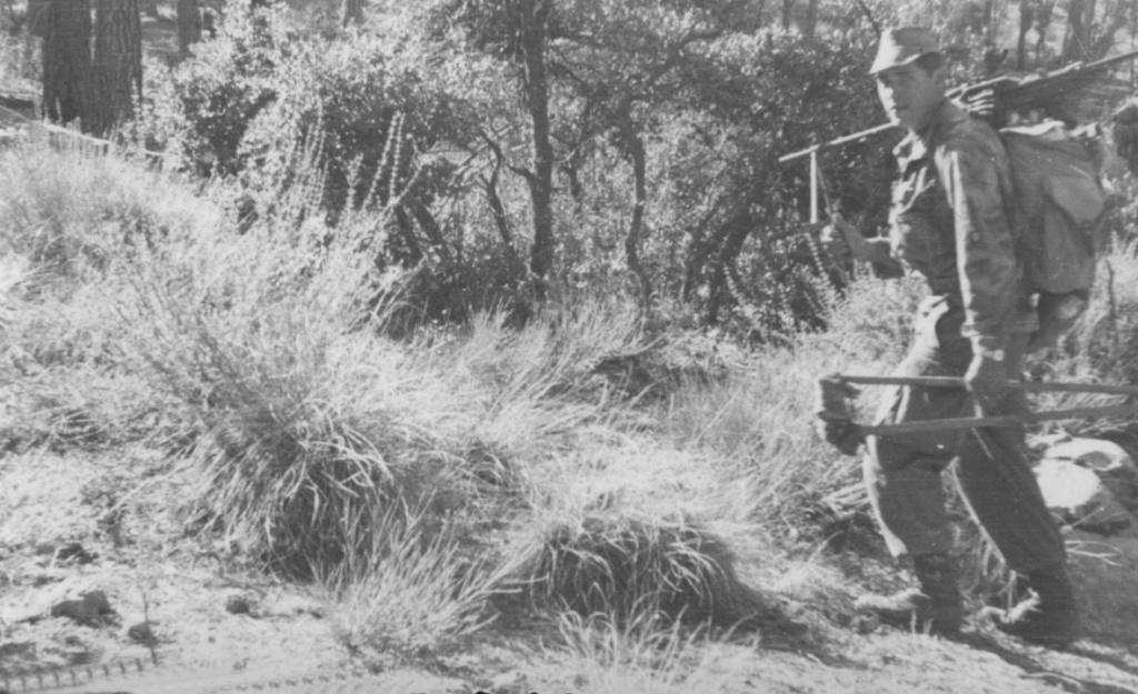 Photos souvenir  de l'Algérie en guerre 55/58 - Page 2 Ops510
