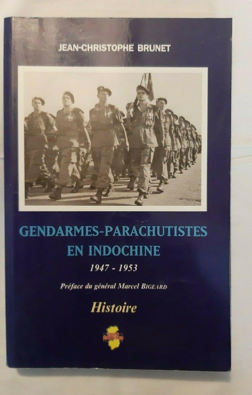 Des gendarmes parachutistes en Indochine . S-l16030