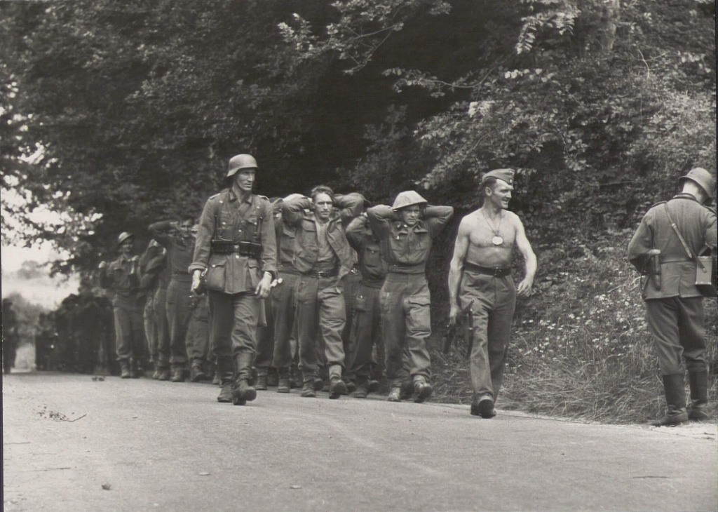 Opération. Jubilee - deux divisions Canadiennes a l'assaut de Dieppe  Screen59