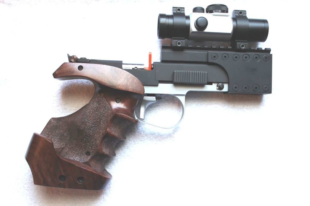 DICK HORTON MATCH GRIPS - NEW E-MAIL ADDRESS - Page 2 Britar12