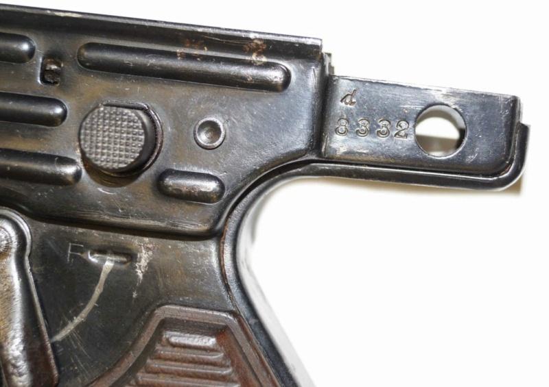 MP43/1 8332d Poignz10