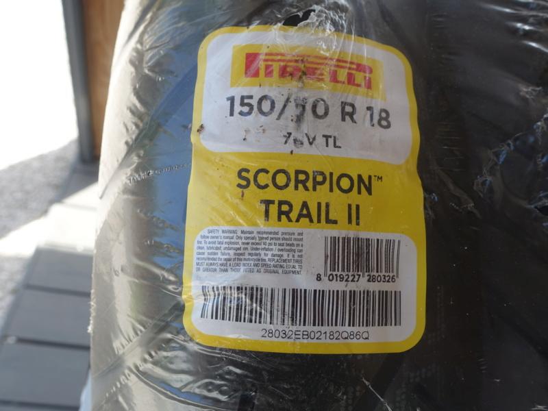 (vends)jeu de pneu Pirelli scorpion trail 2 Dsc08113