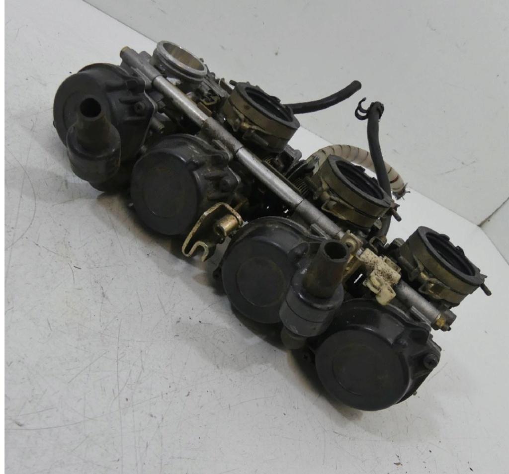 Recherche rampe carburateurs yamaha 750 YZF R (REF 4HN & 4FM.) 20200510