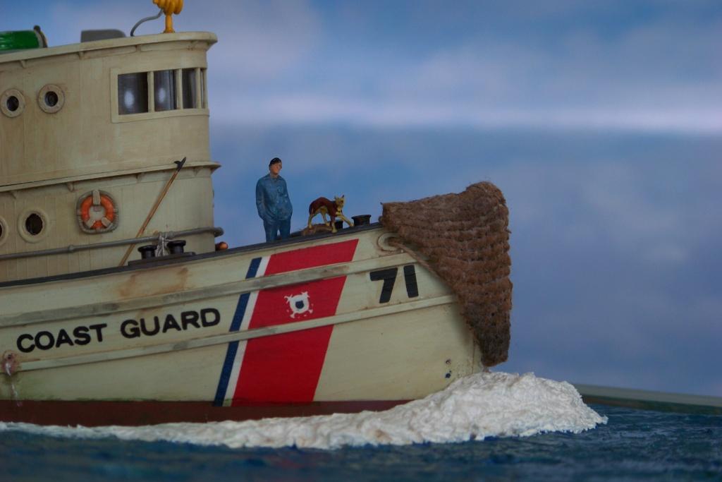 Dio : Remorqueur garde-côtes US (Lindberg 1/87°) par PLEF 100_7713