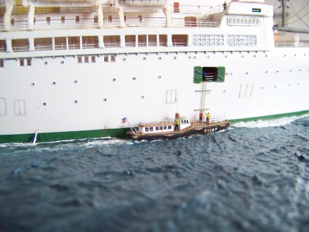 Dio : Arrivée à NYK du SS Brasil & remorqueur (Revell 1/400°) par PLEF - Page 2 101_0022