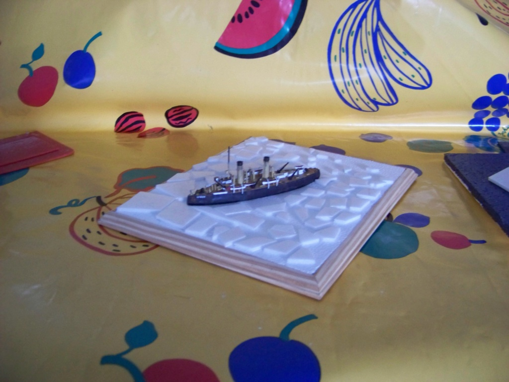 Brise-glace Yermak 1/700 Combrig diorama. 101_0049