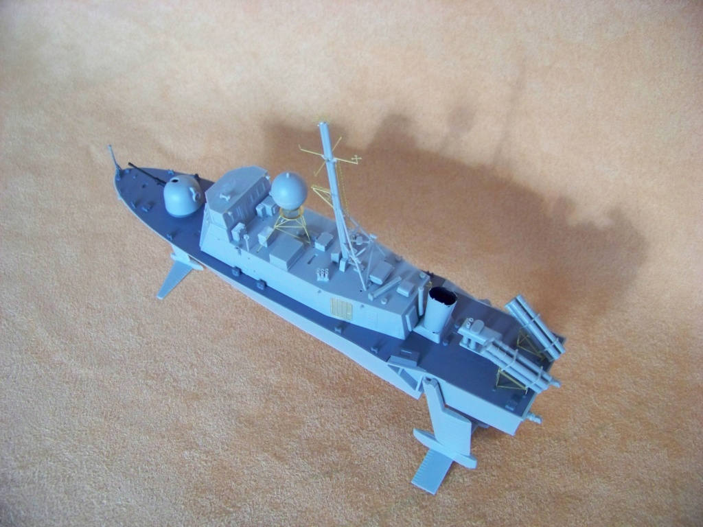 USS Pegasus hydroptère Hobby Boss 1/200. 101_0065