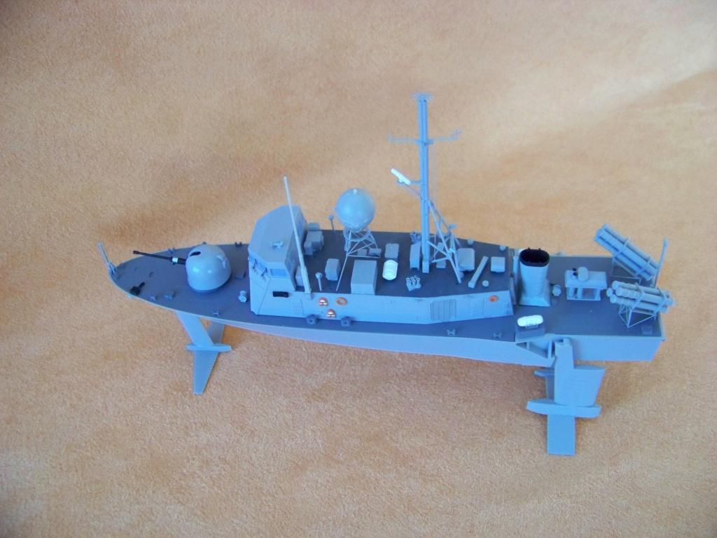 USS Pegasus hydroptère Hobby Boss 1/200. 101_0110