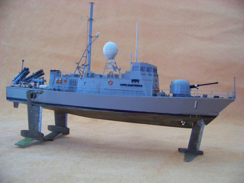 USS Pegasus hydroptère Hobby Boss 1/200. 101_0112