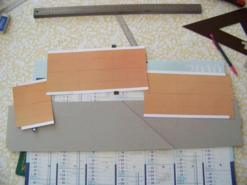 Dock flottant Ostrow II maquette en papier JSC 1/400. 101_0119