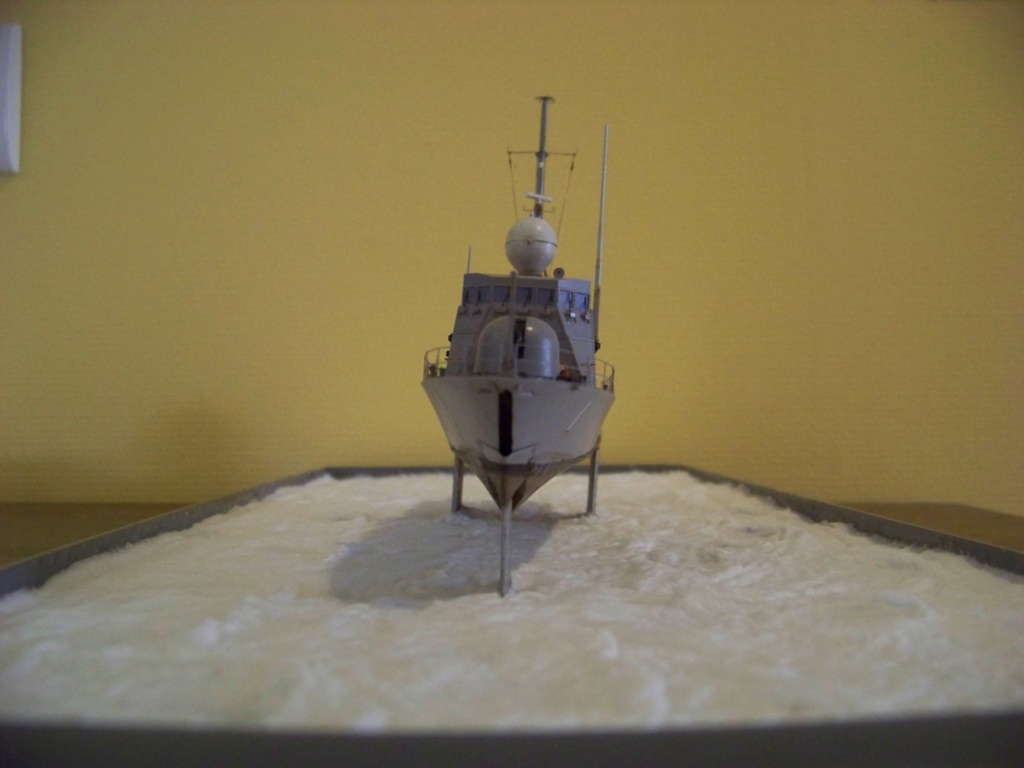 USS Pegasus hydroptère Hobby Boss 1/200. 101_0126