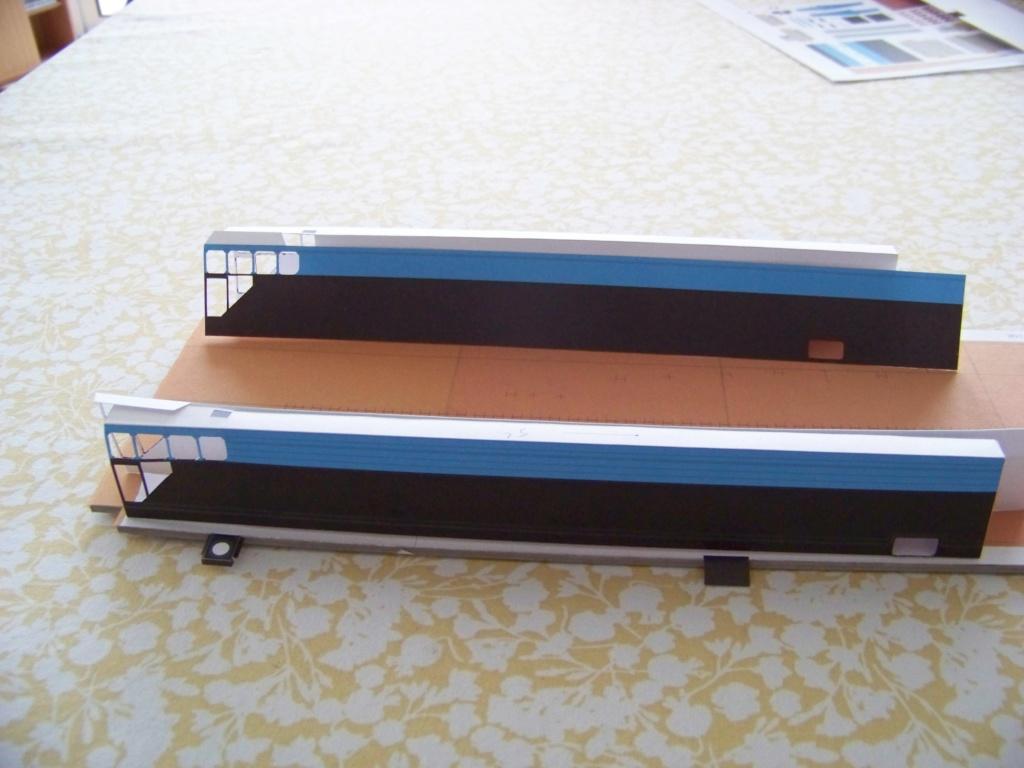 Dock flottant Ostrow II maquette en papier JSC 1/400. 101_0128
