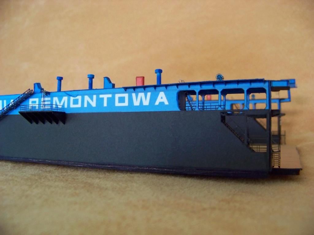 Dock flottant Ostrow II maquette en papier JSC 1/400. - Page 2 101_0155